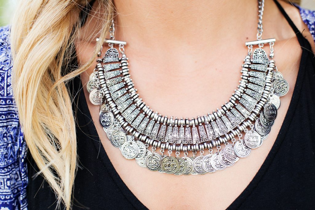 necklace-518275_1920